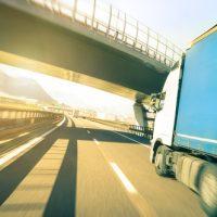trailer-truck-speeding-jpg-crdownload